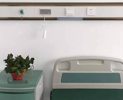 中心供氧体系替代了笨重的高压氧气瓶